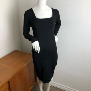 Long sleeve Black Midi Bodycon Dress low Back